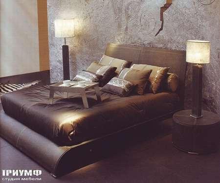 Итальянская мебель Rugiano - Кровать Tokyo кожаная