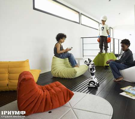 Итальянская мебель Ligne Roset - кресло Mini Togo