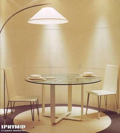 Итальянская мебель Rugiano - Стол Nokido круглый, стекло, кожа