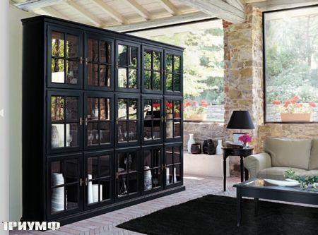 Итальянская мебель Tonin casa - стеллаж с квадратными дверцами