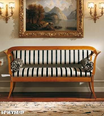 Итальянская мебель Colombo Mobili - Диванчик стиль Бидермайер арт.239 кол. Mascagni вишня мягкое сиденье