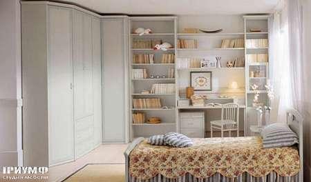 Итальянская мебель Julia - Угловой шкаф-стенка из массива дерева, модель florence