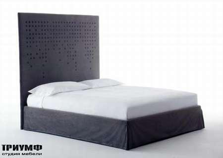 Итальянская мебель Orizzonti - кровать с изголовьем Tabula