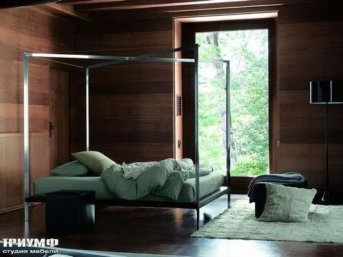 Итальянская мебель Ivano Redaelli - Кровать с базой под балдахин System 4