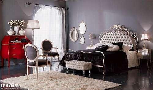 Итальянская мебель Giusti Portos - Кровать со стеганным изголовьем Soliel