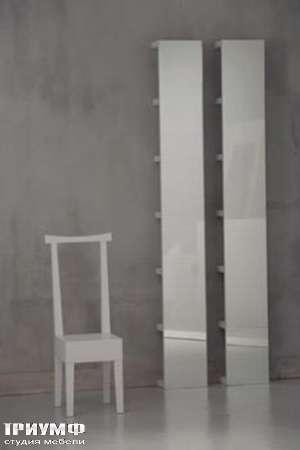 Итальянская мебель Orizzonti - стул и прямоугольное высокое зеркало Moheli