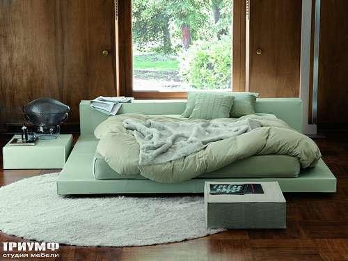 Итальянская мебель Ivano Redaelli - Кровать низкая с прикроватными столиками