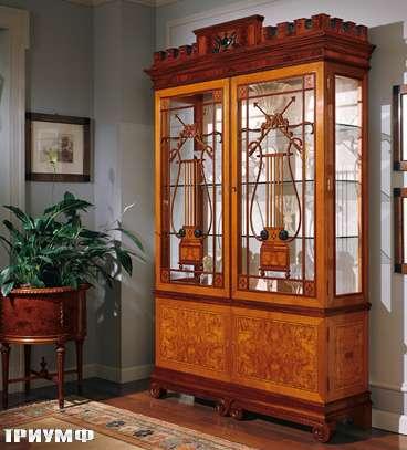Итальянская мебель Colombo Mobili - Витрина в английском стиле арт.246 кол. Pergolesi