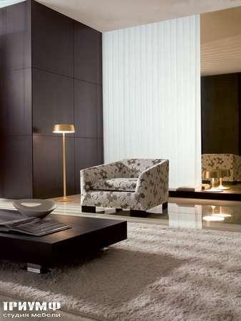 Итальянская мебель CTS Salotti - Кресло в цветочной ткани, модель Lia