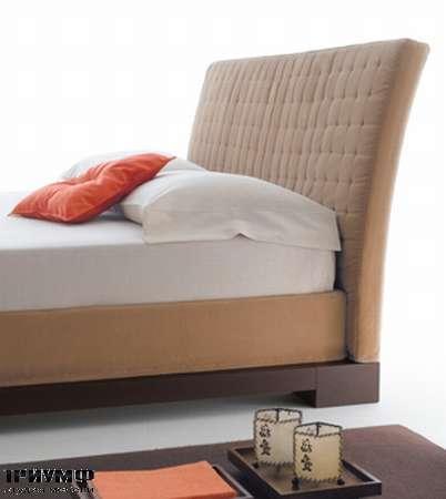 Итальянская мебель Orizzonti - кровать Andaman изголовье с мягкой простёгнутой обивкой