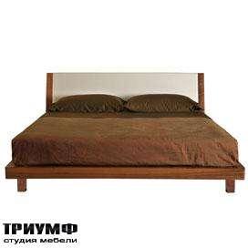 Кровать с изголовьем в ткани