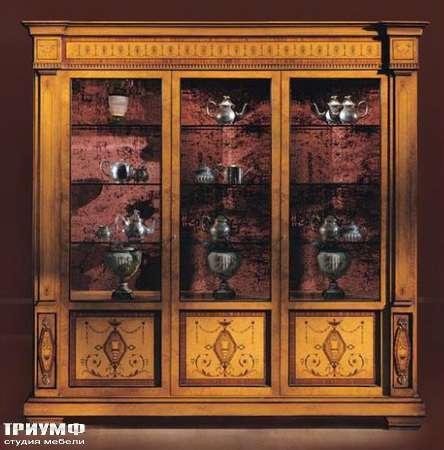 Итальянская мебель Ezio Bellotti - Витрина 3-х дверная
