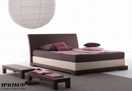 Итальянская мебель Orizzonti - кровать Andaman отделка дерево