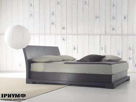 Итальянская мебель Orizzonti - кровать Andaman отделка кожа