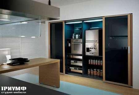 Итальянские кухни Pedini - Кухня Integra блок колонн с раздвижными дверьми