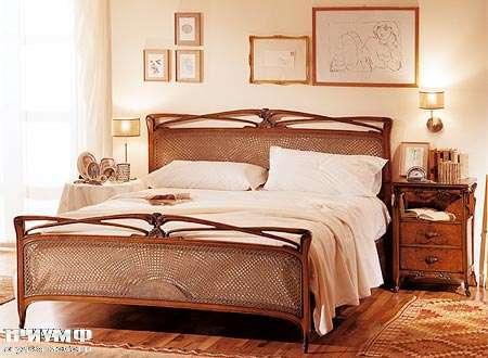 Итальянская мебель Medea - Кровать арт. 2049, тумба арт. 2047