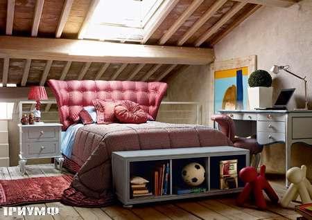 Итальянская мебель Volpi - кровать с высоким изголовьем Ludovica