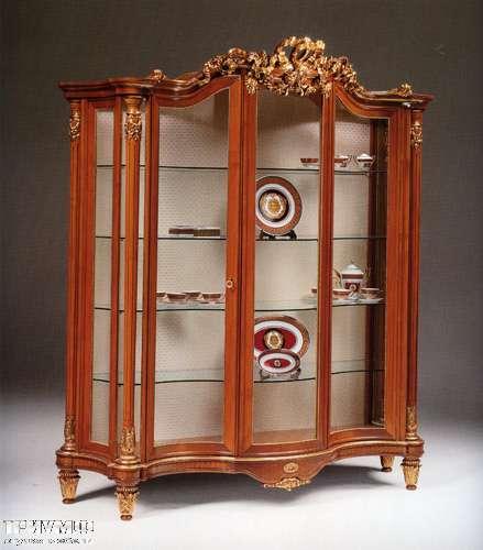 Итальянская мебель Citterio Fratelli - Витрина Trianon 3 дверная