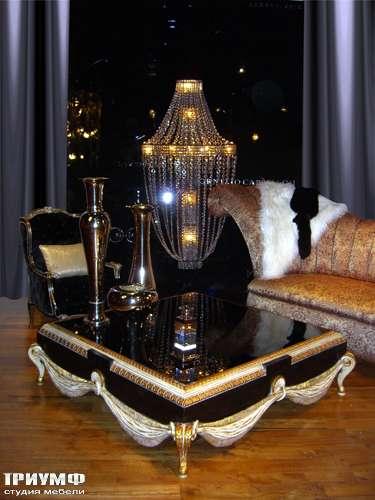 Итальянская мебель Cornelio Cappellini - Квадратный журнальный стол, стекло