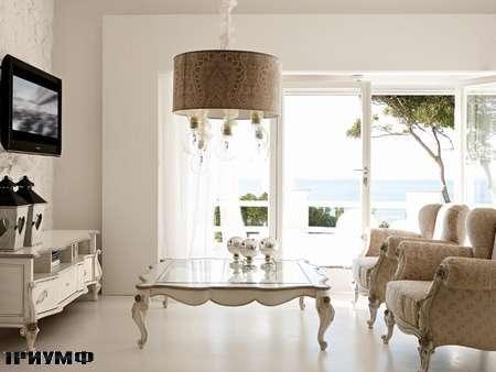 Итальянская мебель Volpi - тумба  TV Сapri и кресло Botero
