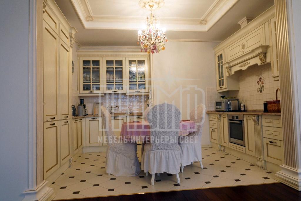 Квартира в центе Москвы. Студия Триумф