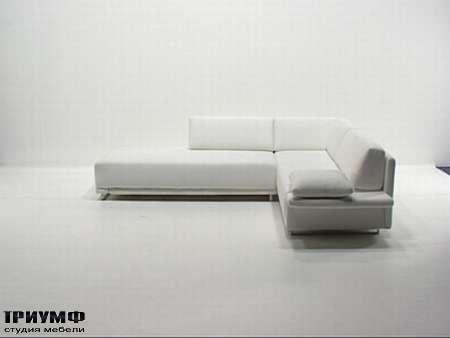 Итальянская мебель Futura - Диван угловой модерн Class