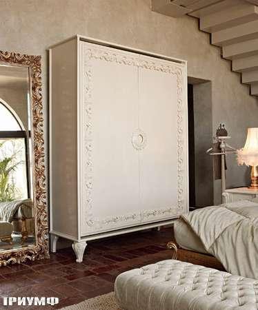 Итальянская мебель Volpi - шкаф Angelica/Capri с орнаментом