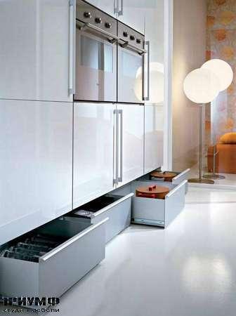 Итальянские кухни Pedini - Кухни Q2 System система хранения в цоколе