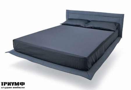 Итальянская мебель Lago - кровать stiletto