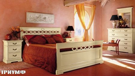 Итальянская мебель Tonin casa - кровать из дерева окрашенного