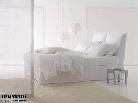Итальянская мебель Orizzonti - кровать Milos с матрасом