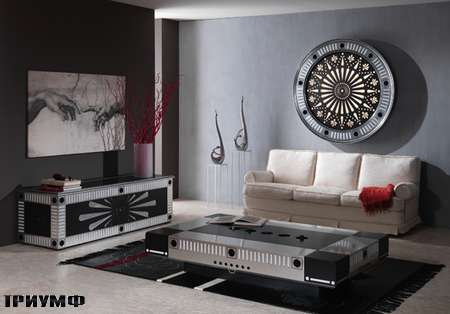 Итальянская мебель Vismara - комод, стол и панно sitting case glass