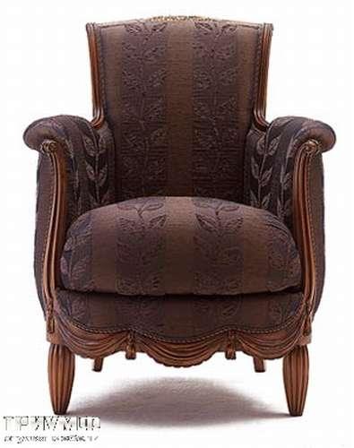 Итальянская мебель Medea - Кресло классика, резьба по дереву, ткань