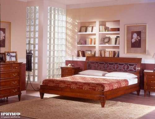 Итальянская мебель Arca - Кровать Corte Ricca и тумбы