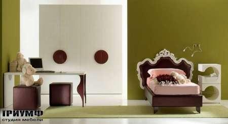 Итальянская мебель Di Liddo & Perego - Кровать детская барочная, Chic на ножках