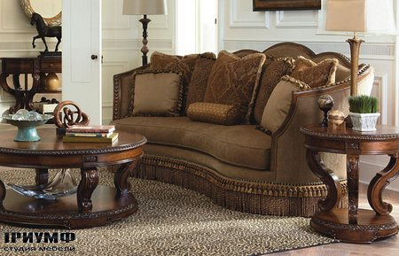 Американская мебель Legacy Classic - Pemberleigh Upholstered Sofa