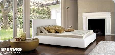 Итальянская мебель Bonaldo - кровать двуспальная Bloom со съемным чехлом