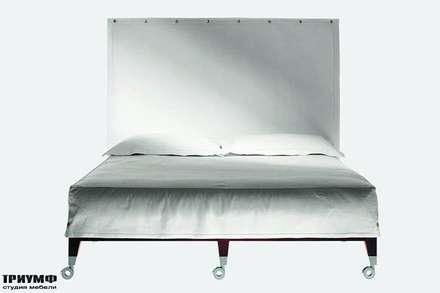 Итальянская мебель Driade - Кровать с высоким изголовьем