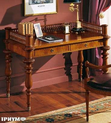 Итальянская мебель Colombo Mobili - Рабочий стол в английском стиле арт.357 кол. Perosi