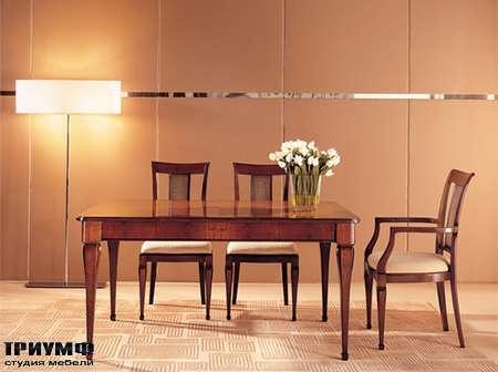 Итальянская мебель Medea - Стол квадратный классика, лакированный