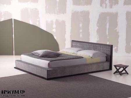 Итальянская мебель Orizzonti - кровать Scilly с простежкой