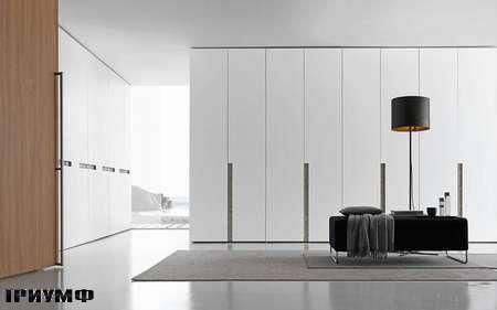 Итальянская мебель Presotto - шкафы alibi с распашными дверьми в лаке