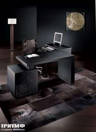 Итальянская мебель Smania - Стол письменный венге Boston, приставной стол Boston Dat