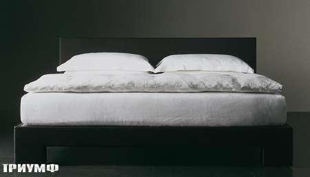 Итальянская мебель Meridiani - кровать Yoko
