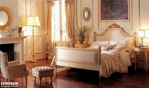 Итальянская мебель Giusti Portos - Кровать с тканевым изголовьем и изножием Parisienne