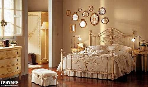 Итальянская мебель Giusti Portos - Спальня с декоративными вставками Lorenz