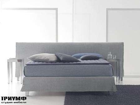 Итальянская мебель Orizzonti - кровать white с широкой спинкой