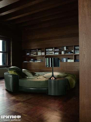 Итальянская мебель Ivano Redaelli - Круглая кровать Glamour, в коже