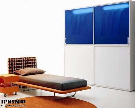 Итальянская мебель Di Liddo & Perego - Кровать с изголовьем Valery