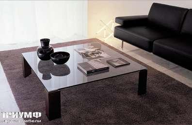 Итальянская мебель Longhi - стол журнальный 330